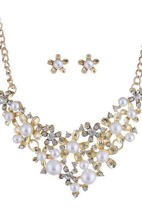 European and American trend bright wild fashion sweet pearl gem set necklace earrings