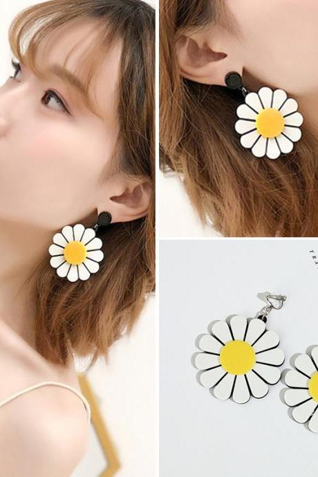 Tassel earrings female ins net red explosion earrings jewelry Japan and South Korea retro exaggerated flower ear clips
